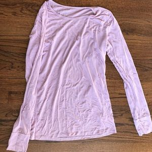 Soft pink long sleeve Gap top